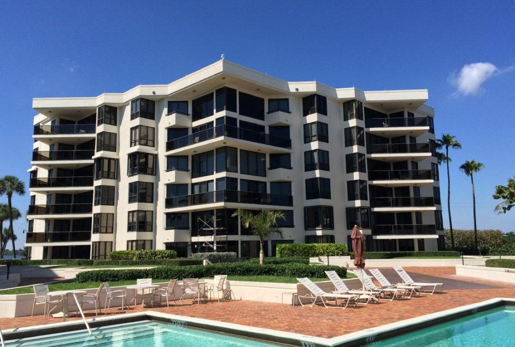 oasis-condominium-pic